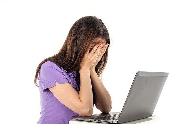 Smutek z internetu
